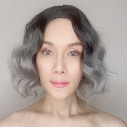 Darlene Silver Ombre Short Synthetic Wig
