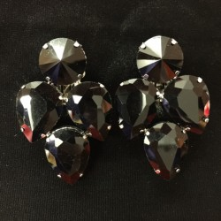 S19 Black Crystal Earring