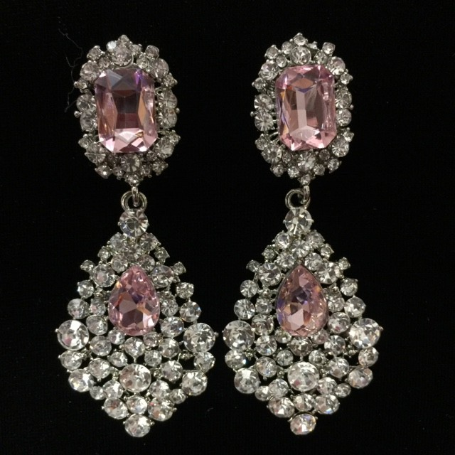 Light Pink and Clear Crystal Diamante Earring S30